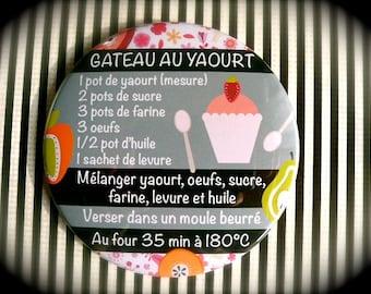 Large Magnet 88 mms 'Yogurt cake'