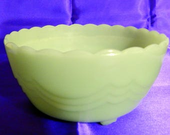 Anchor Hocking Fire King Jadeite Footed Bulb Bowl
