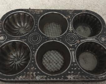 Vintage muffin pan