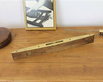 Vintage Spirit Level/Vintage Rabones & Sons Spirit Level/Vintage Tools ( Ref1963E)
