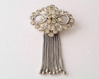 Silver tone diamanté brooch