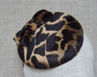 Animal print pillbox hat, autumn wedding headpiece, beret style cocktail hat, button shaped fascinator, faux fur long pile velvet  - AP12