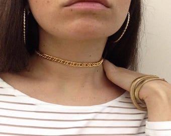 Golden chain choker