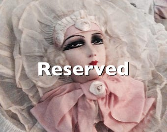 Reserved for Gloria !!! ruffle pillow ,tulle, Rueschenkissen,shabby