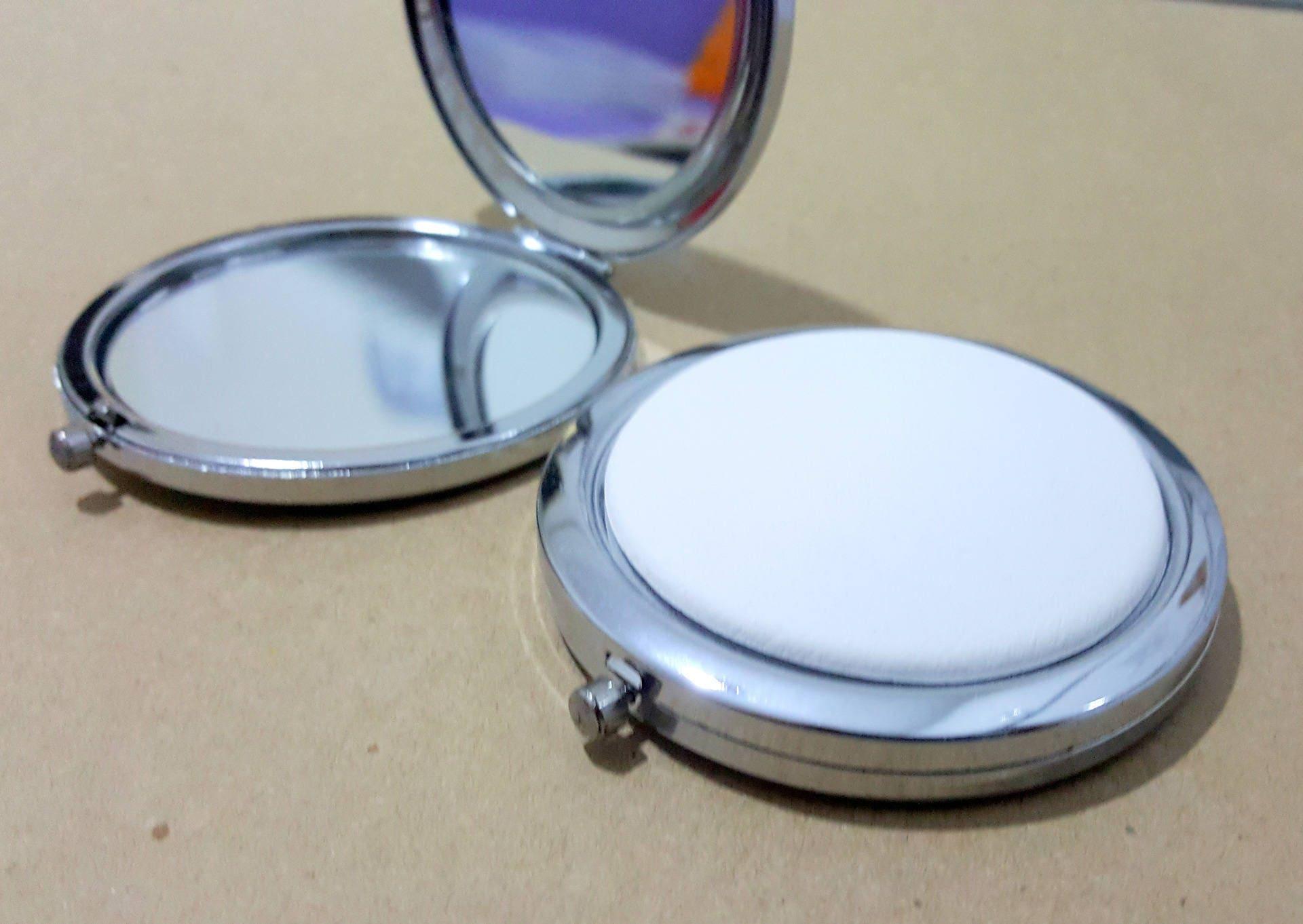 50 kit miroir de poche rond en m tal argent 7cm avec cabochon. Black Bedroom Furniture Sets. Home Design Ideas