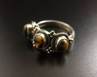 Sterling silver tiger's eye ring, size 7.75, weight 6.1 grams