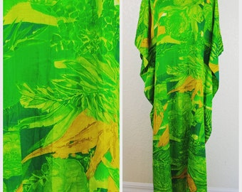 Beautiful Vintage Green and Yellow Caftan