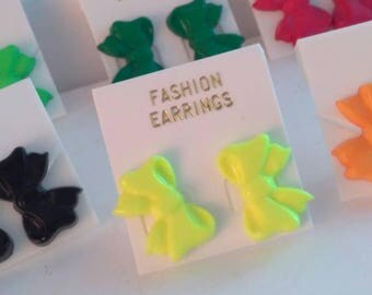 New old Stock NEON YELLOW 1980s bow earrings, vintage yellow earrings, earrings, 1980s plastic earrings, vintage 1980s earrings, earrings,
