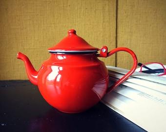 Kitchen teapot red - vintage tea pot - Decoration - gift