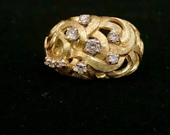 14k Gold diamond ring, sz 6.5