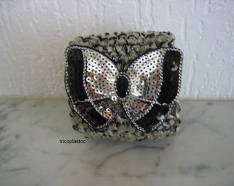 Cuff Bracelet crocheted with cotton and plastic bags black silver, butterfly rhinestone [a] tricoplastoc