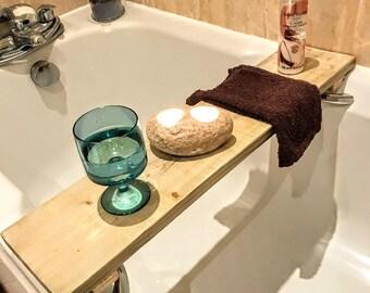 Rustic bath tray Bath caddy tray Wooden bath caddy Rustic bathroom tray Wood bath caddy Wooden bath tray Wood bath tray Bath shelf Bath tray
