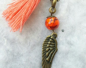 Angel wing, beads and tassel necklace orange