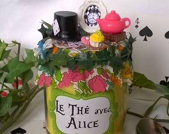 """Yellow candle """"Tea with Alice"""" liberty and miniatures"""