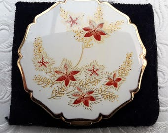 Stratton powder compact, 1950s gold tone Queen Stratton with sifter, vintage mirrored compact. Bridal shower gift.