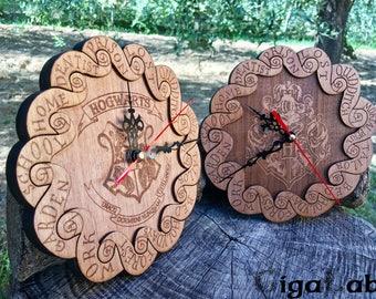 Wooden Wall Clock Harry Potter - Hogwarts - Weasley Clock