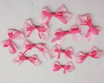 5 flower applique pink satin bow has pink dots