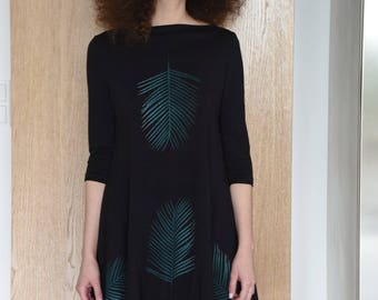 palm tree leaves open back dress