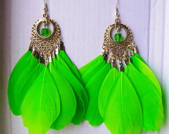 NEW! Green Feather Bright Summer Party Earrings