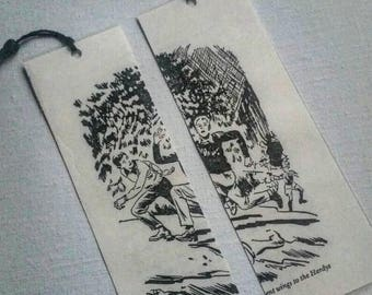 Set of 2 Vintage Hardy Boys mystery picture bookmarks