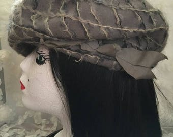 SALE Vintage 1950s Wool/Moher Silver Gray Beret with Decorative Ribbon by Sears Fashion Union Made in USA