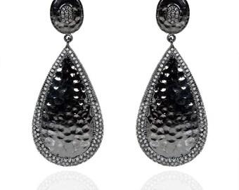 SDE1779 - Silver hammered diamond Black RH earrings