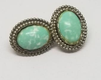 Vintage Screw Back Faux Turquoise (SKU S0056AB)