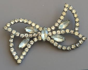 Vintage Clear Crystals bow Pin/brooch