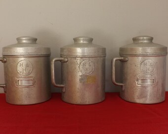 Pots grainetier HELA. Métal. Vintage. France