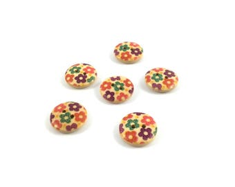 Set of 6 flowers 15 mm wooden buttons