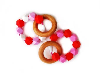 Valentines Day Baby Teether/ Baby Valentines Day/Teething Ring/ Valentines Day kids/Valentines Baby Shower Gift/Teething Toy/ Chew Beads