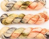 singapore sling hand dyed yarn sock yarn speckled yarn fingering yarn merino wool 4ply sock orange yellow black green 100g