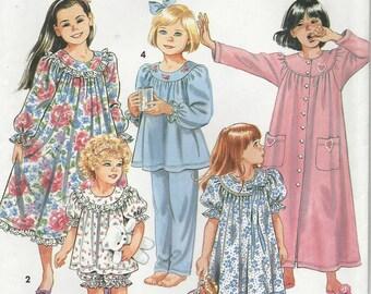 Simplicity 8093 Girls Sleep wear pattern