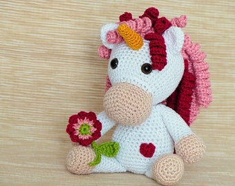 ebook: Unicorn Adele - Amigurumi Crochet Pattern