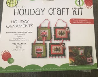Christmas Lori Siebert Felt Holiday ornament kit