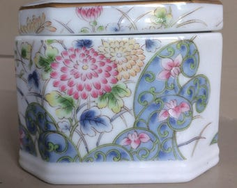 Laudel  Bone China Trinket Box