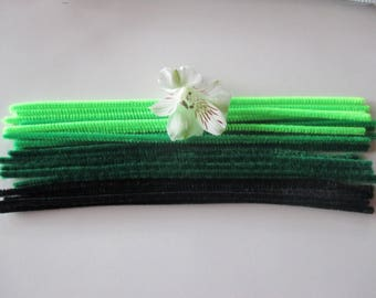 20 electric wire, different colors, black, dark green, green, lime green.