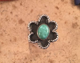 Vintage Navajo Turquoise and Sterling Silver Ring Size 4.5
