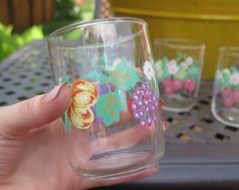 Vintage floral drinking set