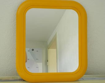 Space age mirror
