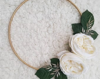 Ivory on Gold Ready Made Wreath