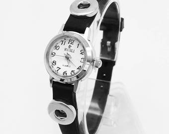 New Silicone Fashion Watch with Two 12mm Snaps Where You Can Add Your Own Custom Snaps