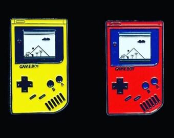 Super Mario Gameboy Game Boy pin yellow red