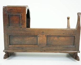 Antique Cradle | Wooden Cradle | Babys Bed | Scotland, 1750 | B780
