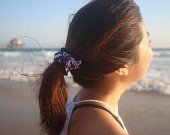 Blue and Pink Hawaiian Print Scrunchie