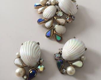 Superb Elsa Schiaparelli White Shell pin and earrings 1950s