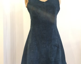 1970s Stunning Sleeveless Suede Dress, Summer Style, Pockets, Poppers, Holiday