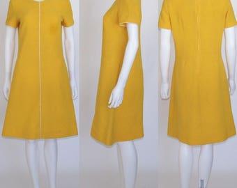 KAY WINDSOR Vintage 60's Deep School Bus Yellow Short Sleeve Scooter Stewardess Dress