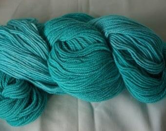 200 grm skein of hand dyed Alpaca yarn