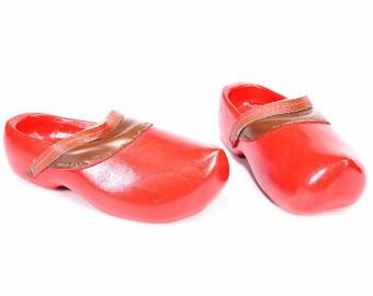 Wooden Dutch CLOGS 90s Red Platform Rare Mules Wild Wood Chunky Waterproof Festival Handmade Shoes sz US 8.5 , Eur 39, Uk 6
